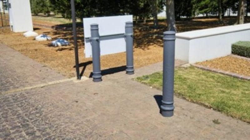 concrete-bollards-croydon-min