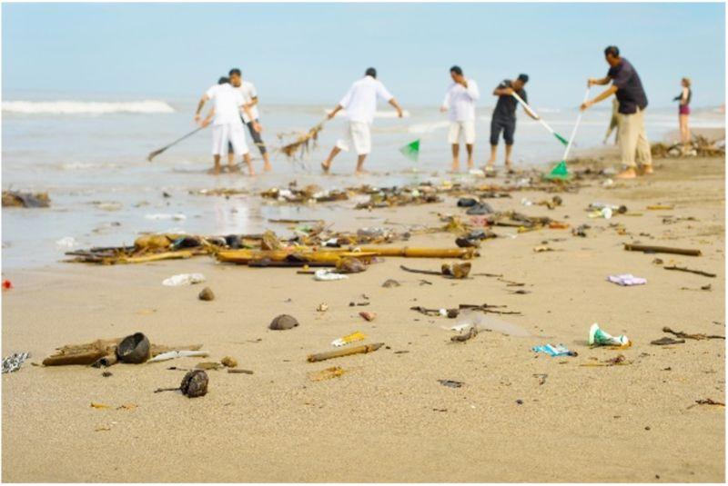 concrete-bin-beach-cleanup-min